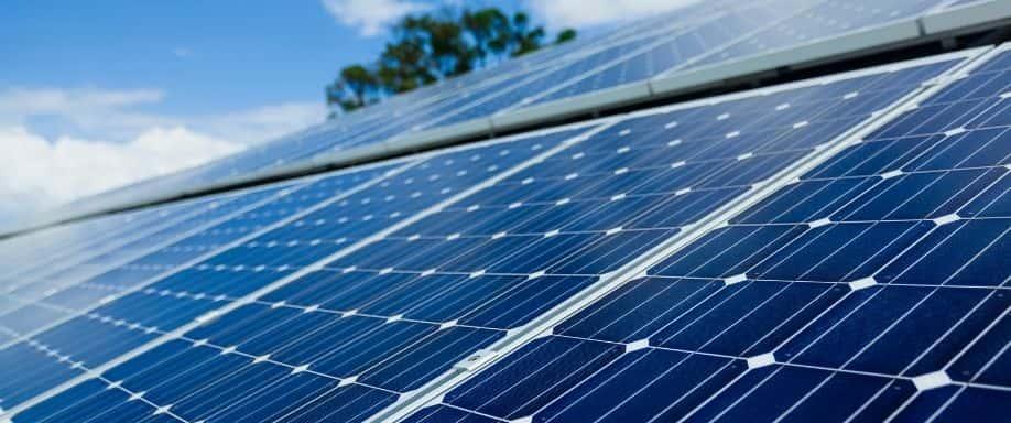 ¿Los paneles solares necesitan mantenimiento?